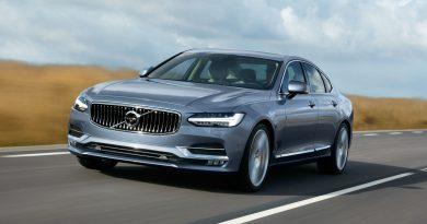 2017 Volvo S90 - Luxury Sedan