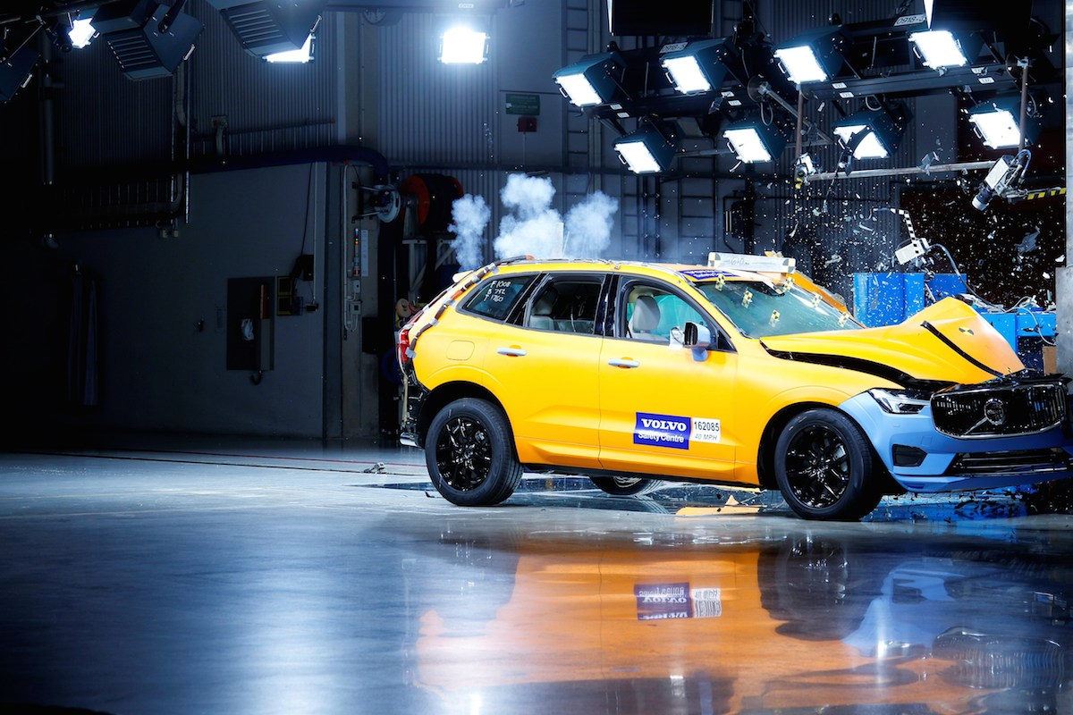 The new Volvo XC60 - Crash tests