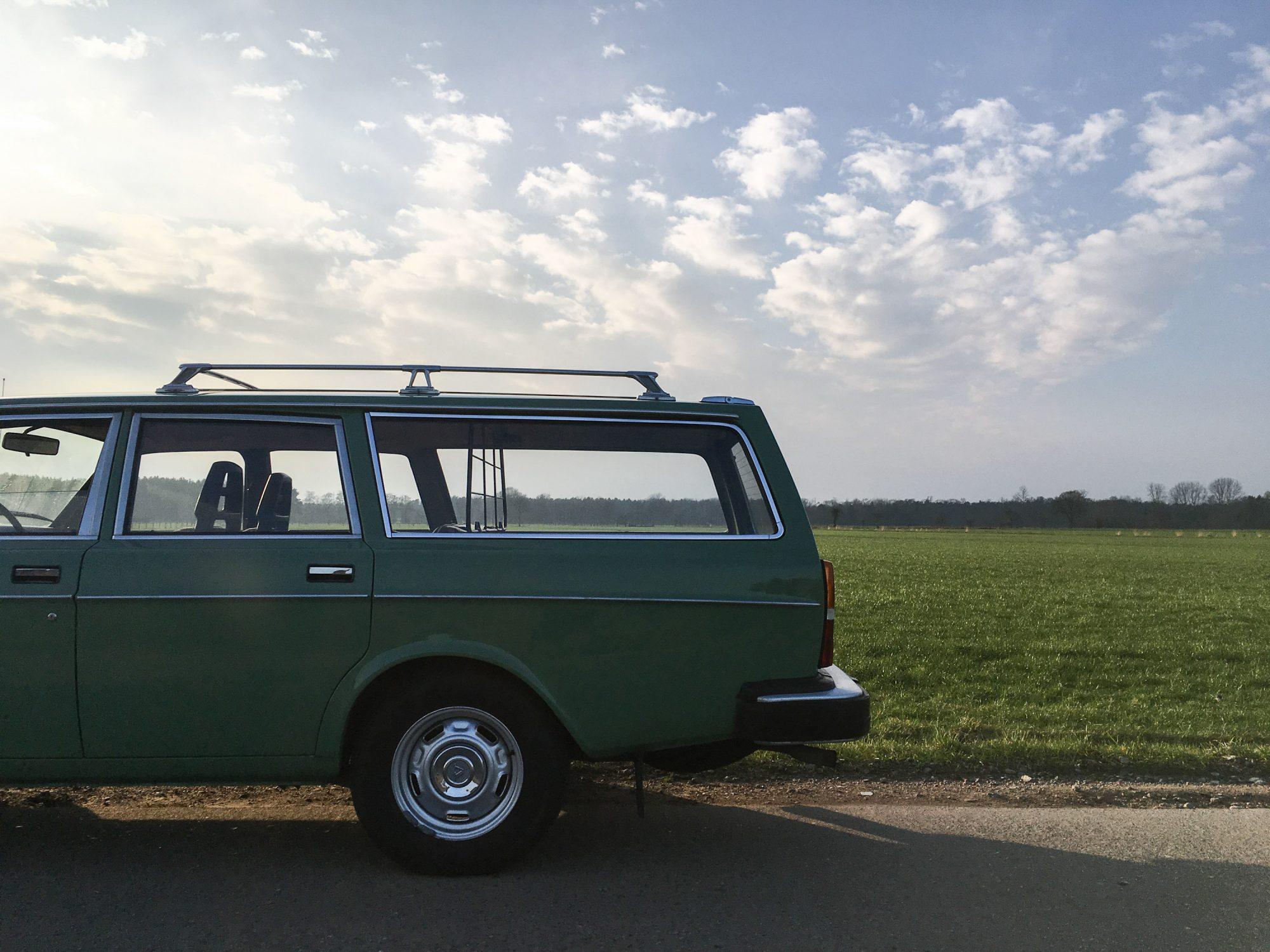 Yannick-Moonen-1976-Volvo-245L-Road-Trip-23-2000x1500