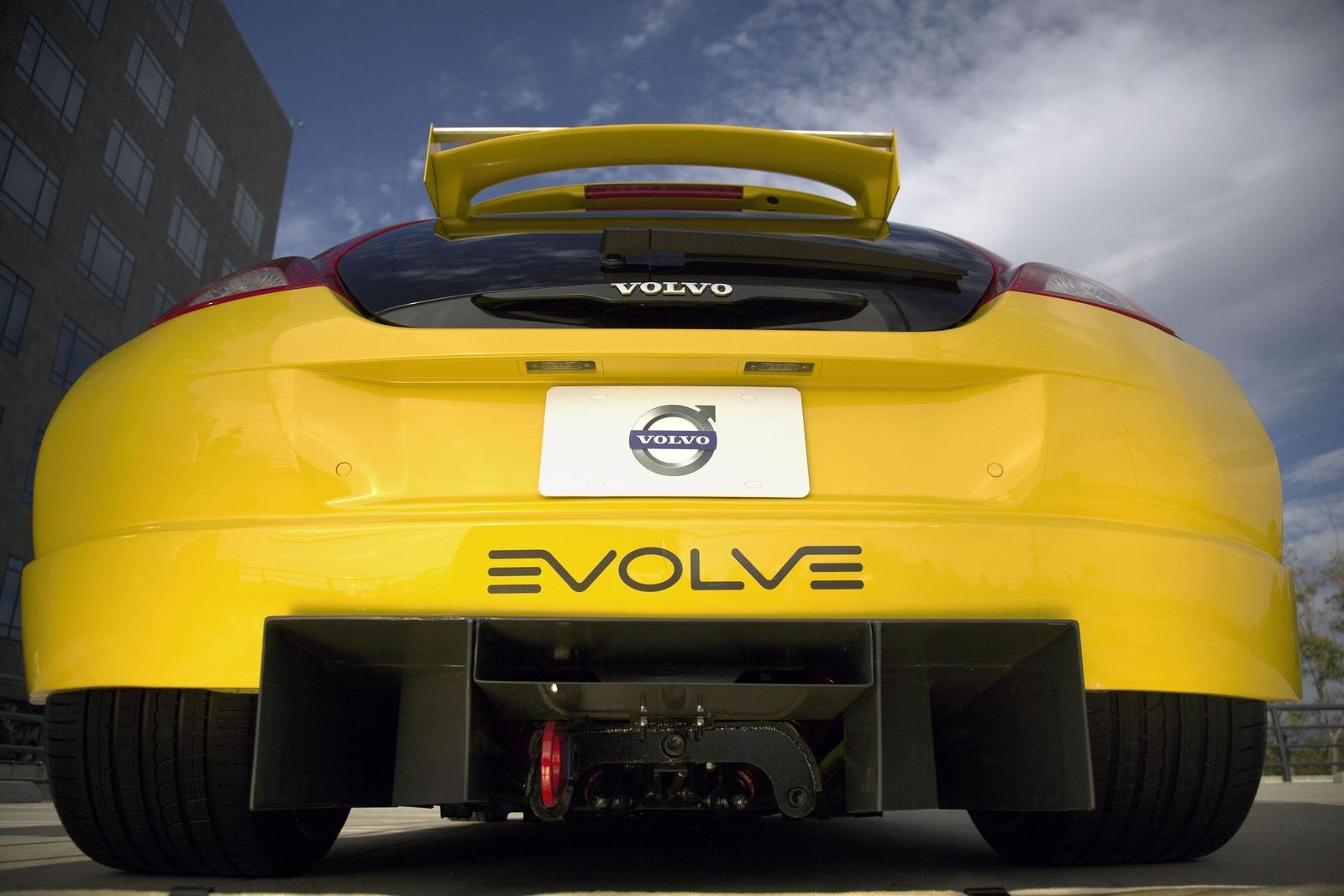 2007-volvo-c30-by-evolve-3_1600x0w