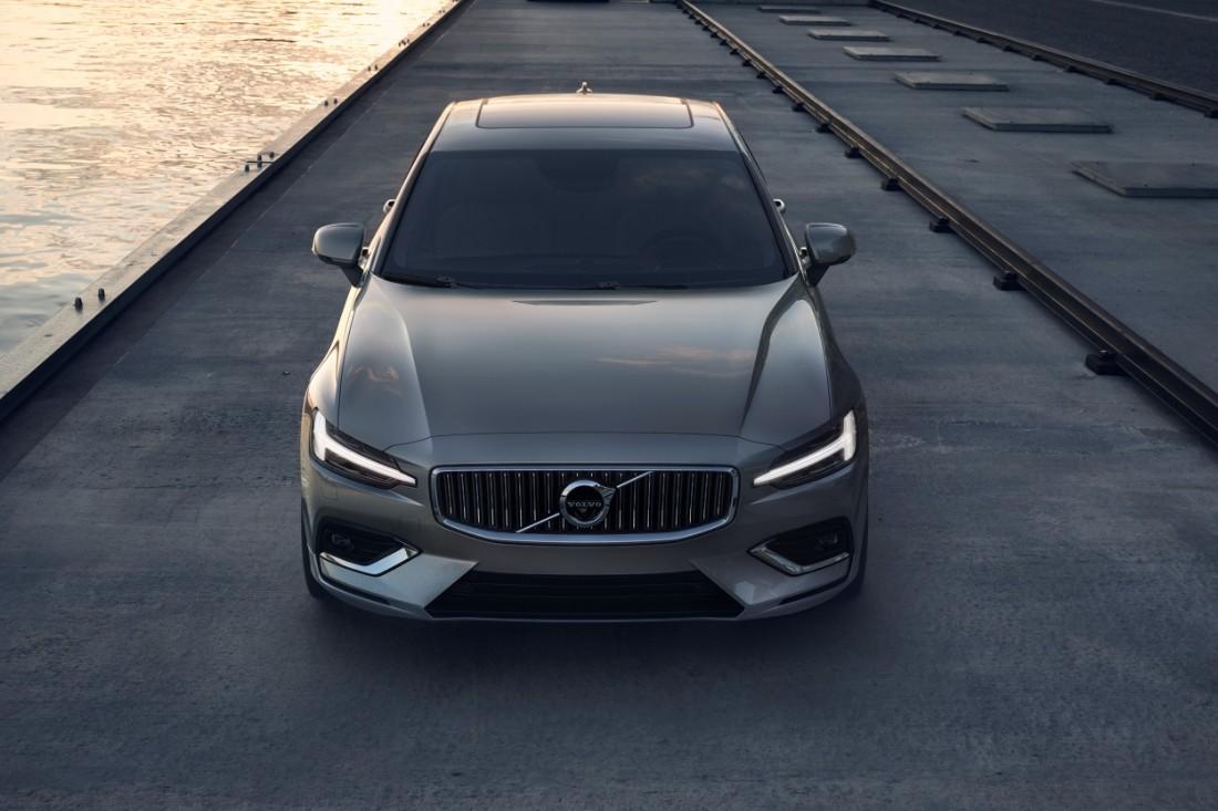 230768_New_Volvo_S60_Inscription_exterior