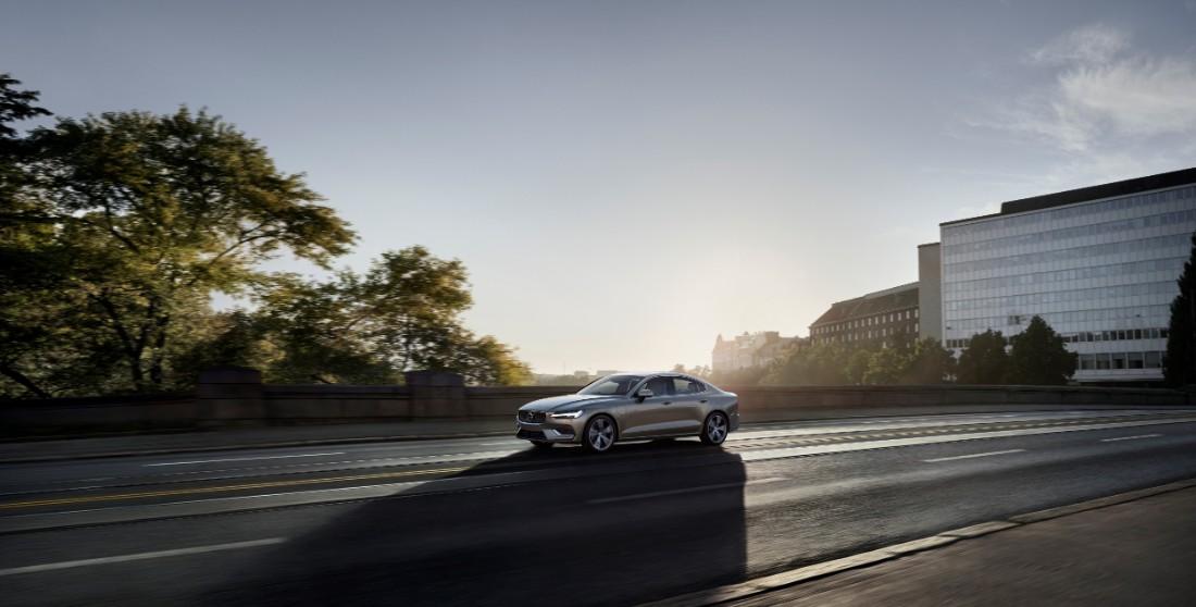 230813_New_Volvo_S60_Inscription_exterior