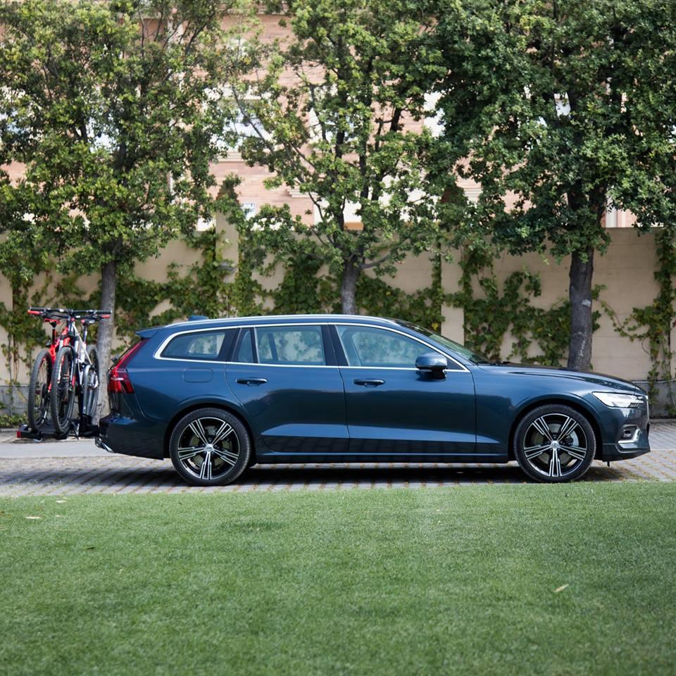 2019 Volvo V60 Vs. Pappapodden Med Nisse Och Manne In Spain