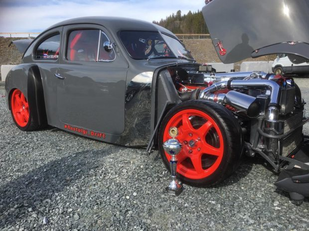 1953-Volvo-PV444-with-a-3.4-L-2JZ-11-620x464