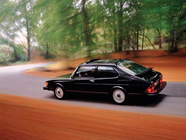 epcp_0611_02_z+saab_900_turbo+driveby